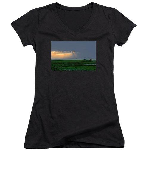 Dusk Fishing Women's V-Neck T-Shirt