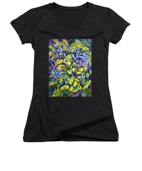 Hydrangea Women's V-Neck