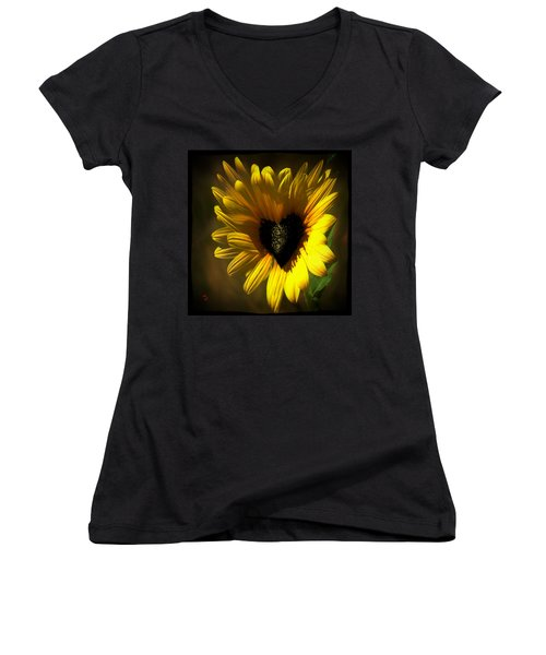 Love Sunflower Women's V-Neck T-Shirt