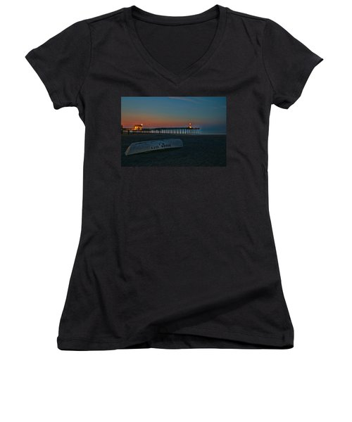 Ocean City  N J Sunrise Women's V-Neck T-Shirt (Junior Cut) by Allen Beatty