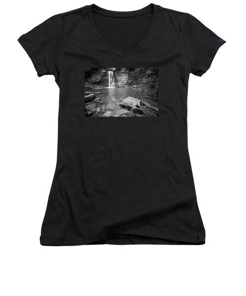Rainbow Falls Women's V-Neck T-Shirt