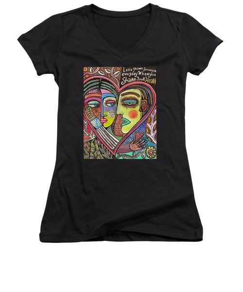 Tree Of Life Heart Lovers Women's V-Neck T-Shirt
