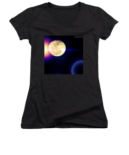 Wouldn't It Be Great If The #moon And Women's V-Neck T-Shirt
