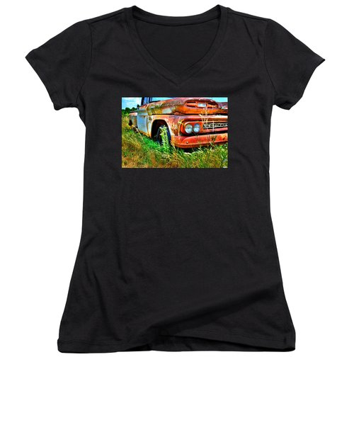 1961 Chevrolet Apache 10 5 Women's V-Neck T-Shirt