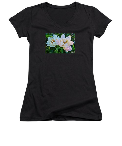 2015 Summer's Eve At The Garden White Peony Duo Women's V-Neck