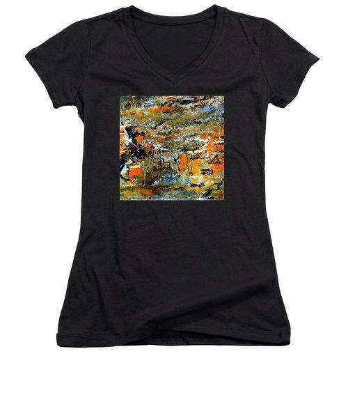 Series 2017 Women's V-Neck T-Shirt