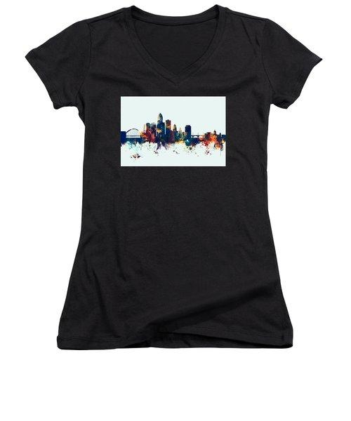 Des Moines Iowa Skyline Women's V-Neck T-Shirt