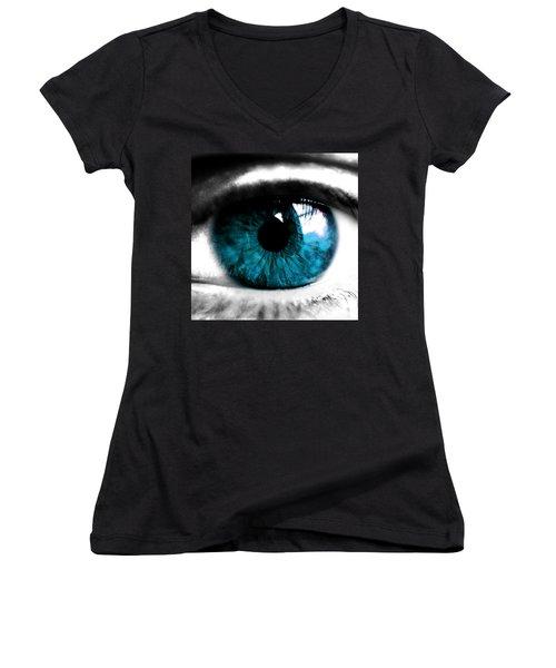 The Eye Women's V-Neck T-Shirt