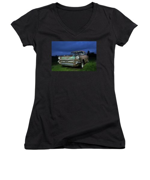 57' Chevrolet Women's V-Neck (Athletic Fit)
