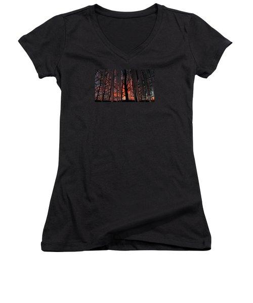 737am Women's V-Neck T-Shirt