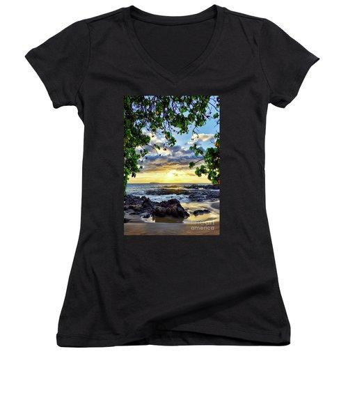 Heaven On Maui Women's V-Neck T-Shirt