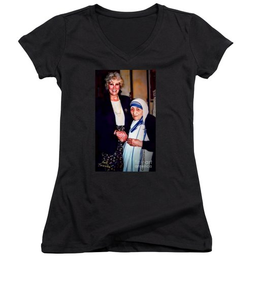 A Vist With Mother Teresa Women's V-Neck