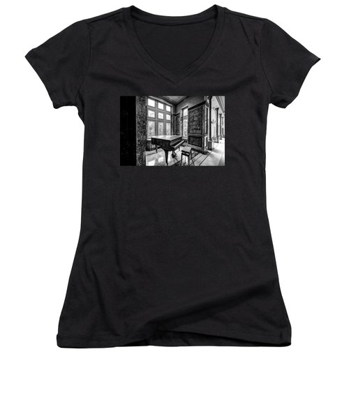 Abandoned Piano Monochroom- Urban Exploration Women's V-Neck T-Shirt