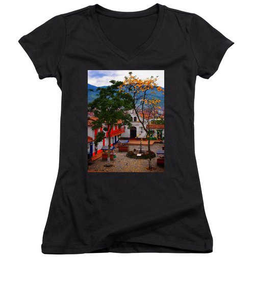 Antioquia Women's V-Neck T-Shirt (Junior Cut)