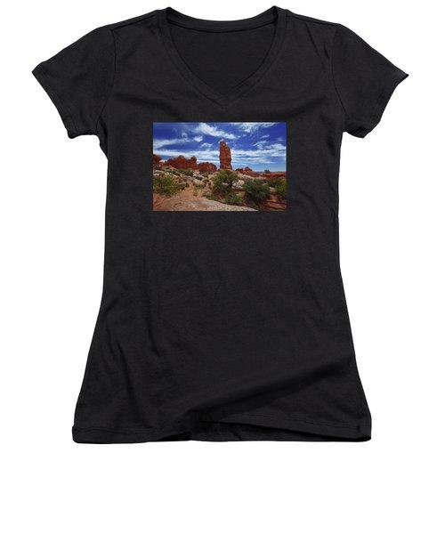 Arches Scene 4 Women's V-Neck T-Shirt