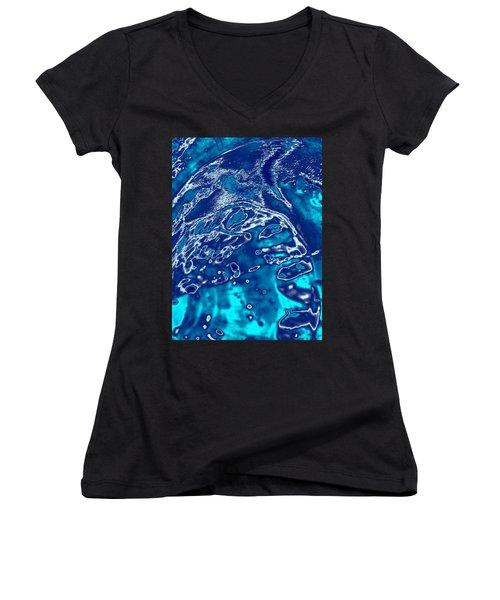 Molten Metal Splash Women's V-Neck T-Shirt (Junior Cut) by Samantha Thome