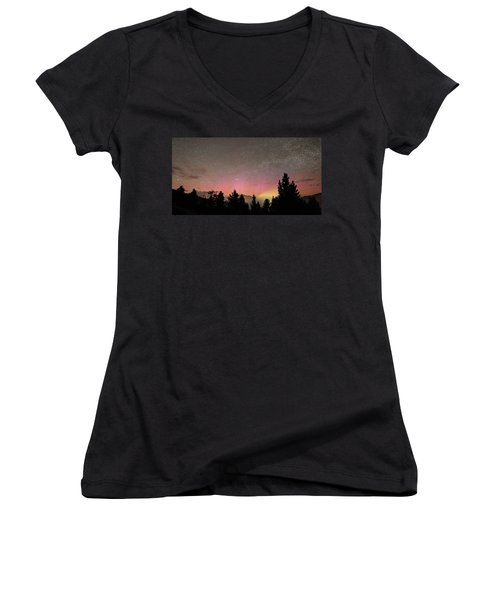 Aurora Borealis Over Mammoth Hot Springs In Yellowstone Np Women's V-Neck
