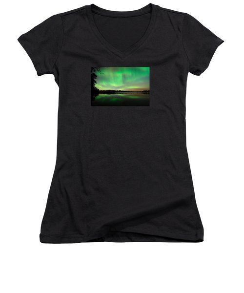 Aurora Over Tofte Lake Women's V-Neck T-Shirt (Junior Cut) by Larry Ricker