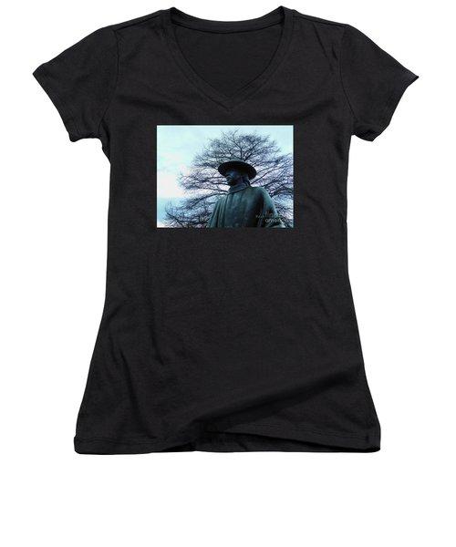 Austin Hike And Bike Trail - Iconic Austin Statue Stevie Ray Vaughn - Two Women's V-Neck T-Shirt (Junior Cut) by Felipe Adan Lerma
