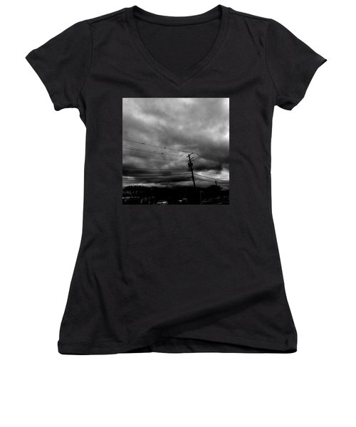 Birds On A Wire 2018 Women's V-Neck