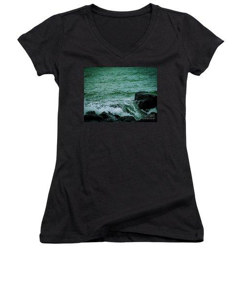 Black Rocks Seascape Women's V-Neck