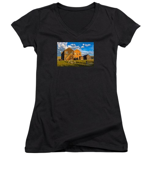 Bodie Near Sunset Women's V-Neck T-Shirt