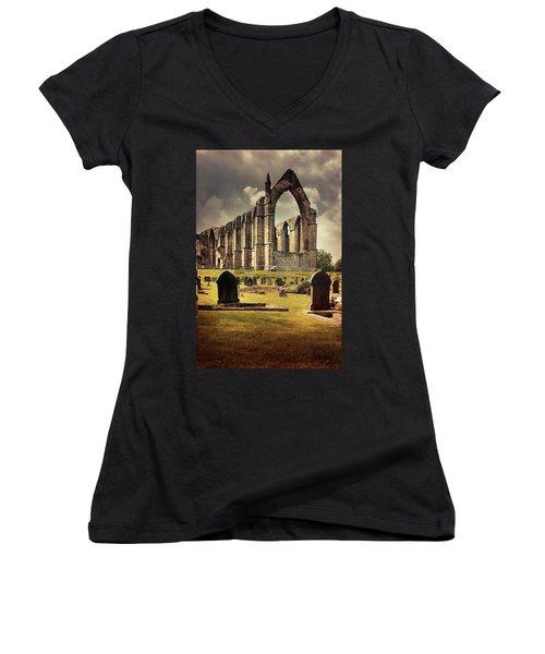 Bolton Abbey In The Uk Women's V-Neck T-Shirt (Junior Cut) by Jaroslaw Blaminsky