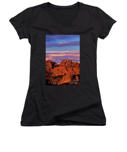 Boulders Sunset Light Pinnacles National Park Californ Women's V-Neck T-Shirt (Junior Cut) by Dave Welling