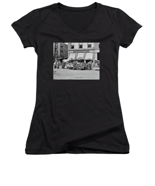 Broad St. Lunch Carts New York Women's V-Neck (Athletic Fit)