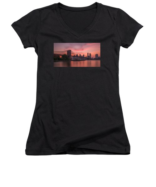 Brooklyn Bridge Sunset Women's V-Neck