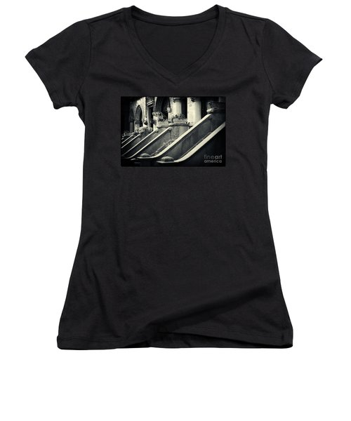Brooklyn Park Slope Stoops Women's V-Neck (Athletic Fit)