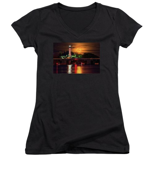 Burning Moon Rising Over Jupiter Lighthouse Women's V-Neck