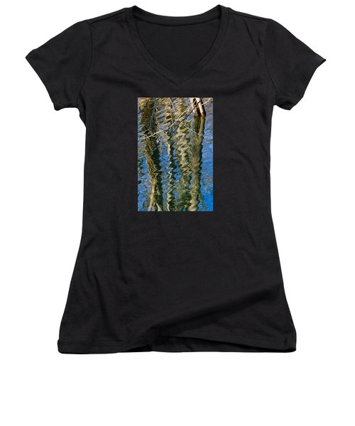 C And O Abstract Women's V-Neck