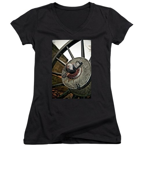 Cannon Wheel Women's V-Neck