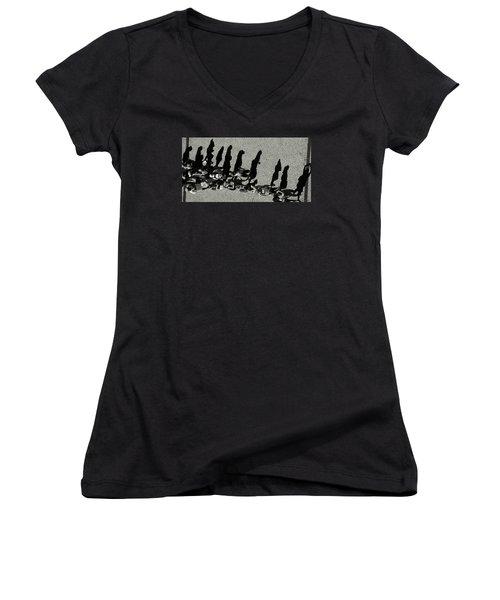 Caravan Women's V-Neck T-Shirt