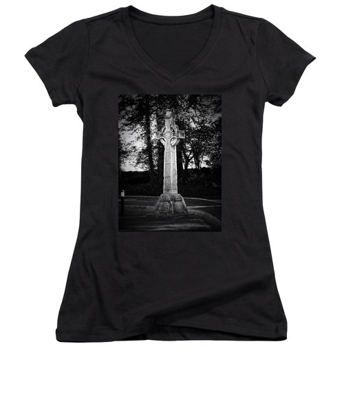Celtic Cross In Killarney Ireland Women's V-Neck