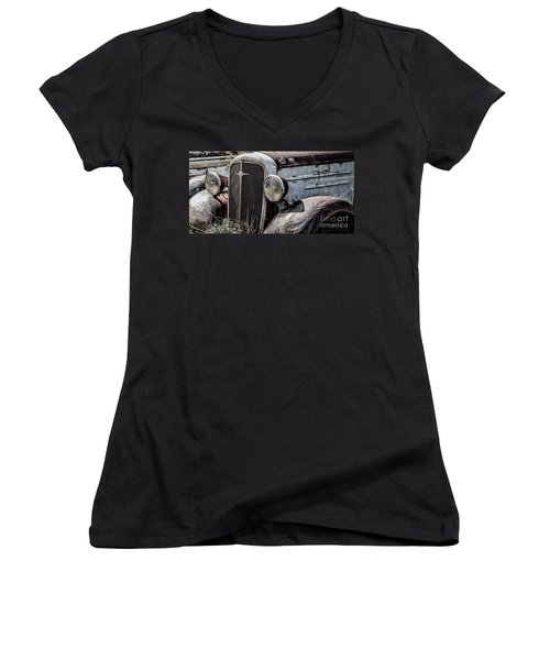 Chevy Grill IIi Women's V-Neck