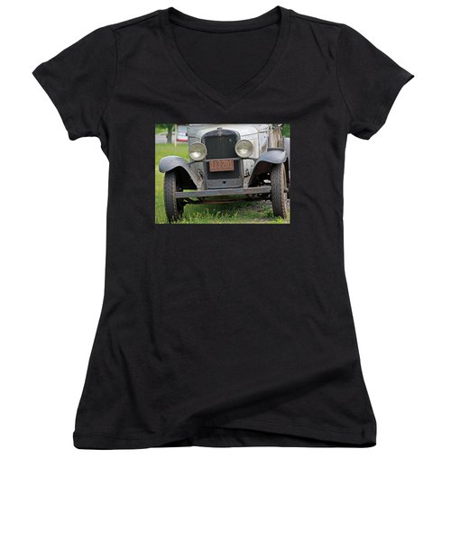 Chevy Huckster 1930 Grill Women's V-Neck T-Shirt