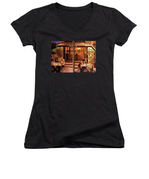 Chez Tim Women's V-Neck T-Shirt