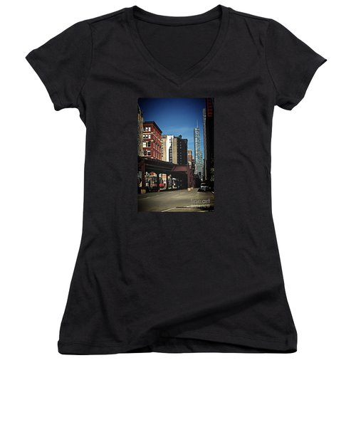 Chicago L Between The Walls Women's V-Neck
