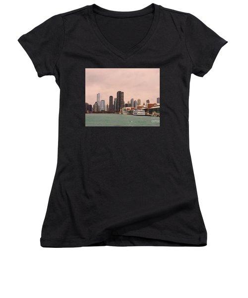 Chicago Skyline Women's V-Neck (Athletic Fit)