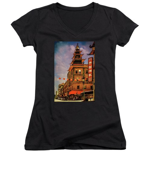 Chinatown San Francisco Women's V-Neck (Athletic Fit)