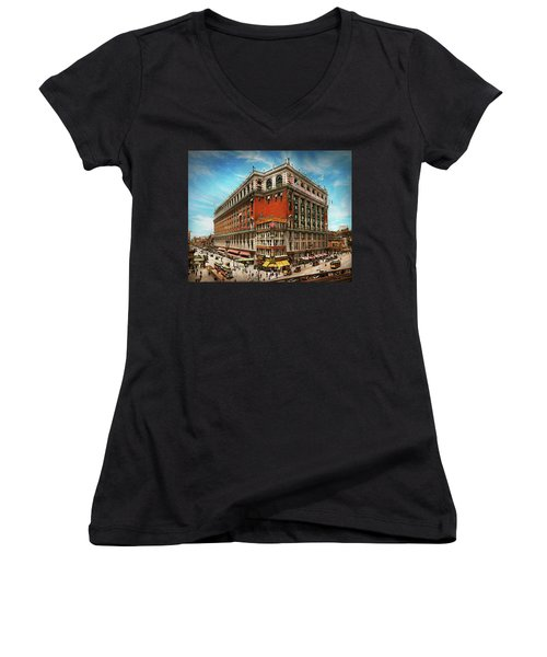 Women's V-Neck T-Shirt featuring the photograph City - Ny New York - The Nation's Largest Dept Store 1908 by Mike Savad
