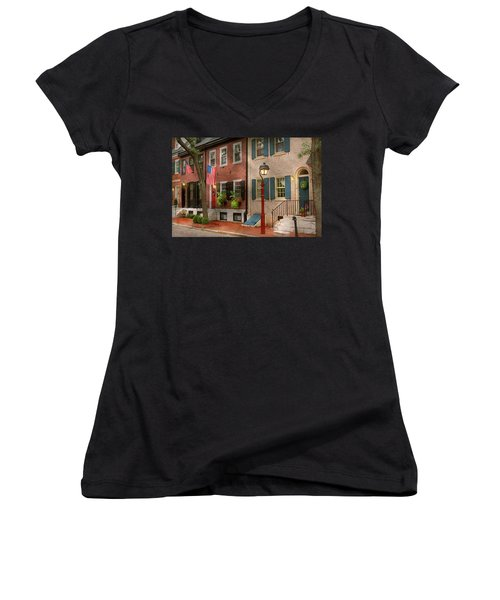 Women's V-Neck T-Shirt featuring the photograph City - Pa Philadelphia - American Townhouse by Mike Savad