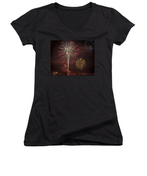 Conesus Ring Of Fire 2015 Women's V-Neck T-Shirt