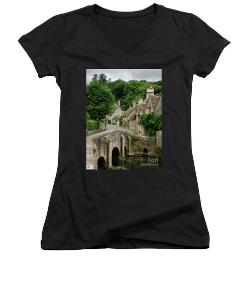 Cotswolds Village Castle Combe Women's V-Neck T-Shirt