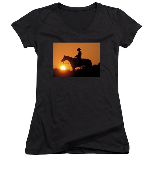 Cowboy Sunset Silhouette Women's V-Neck (Athletic Fit)
