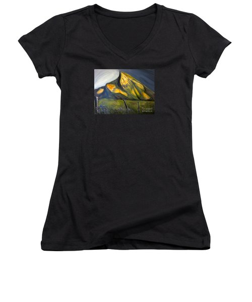 Crested Butte Mtn. Women's V-Neck T-Shirt