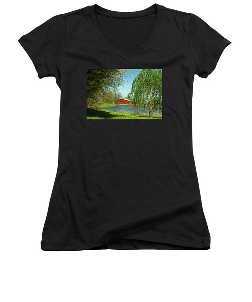 Daydreamin'  Women's V-Neck (Athletic Fit)