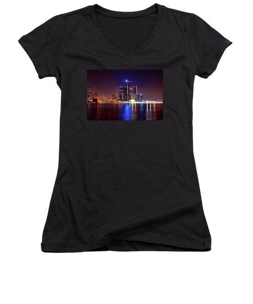 Detroit Skyline 4 Women's V-Neck T-Shirt (Junior Cut) by Gordon Dean II